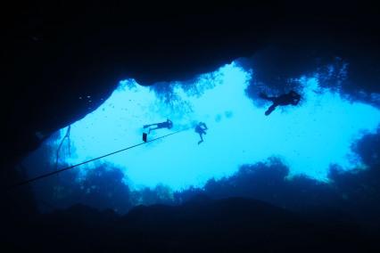 25 meters down - Lagoa Misteriosa
