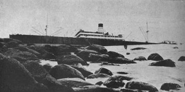 The vazquez on the rocks of Ilhabela in the early 1900's
